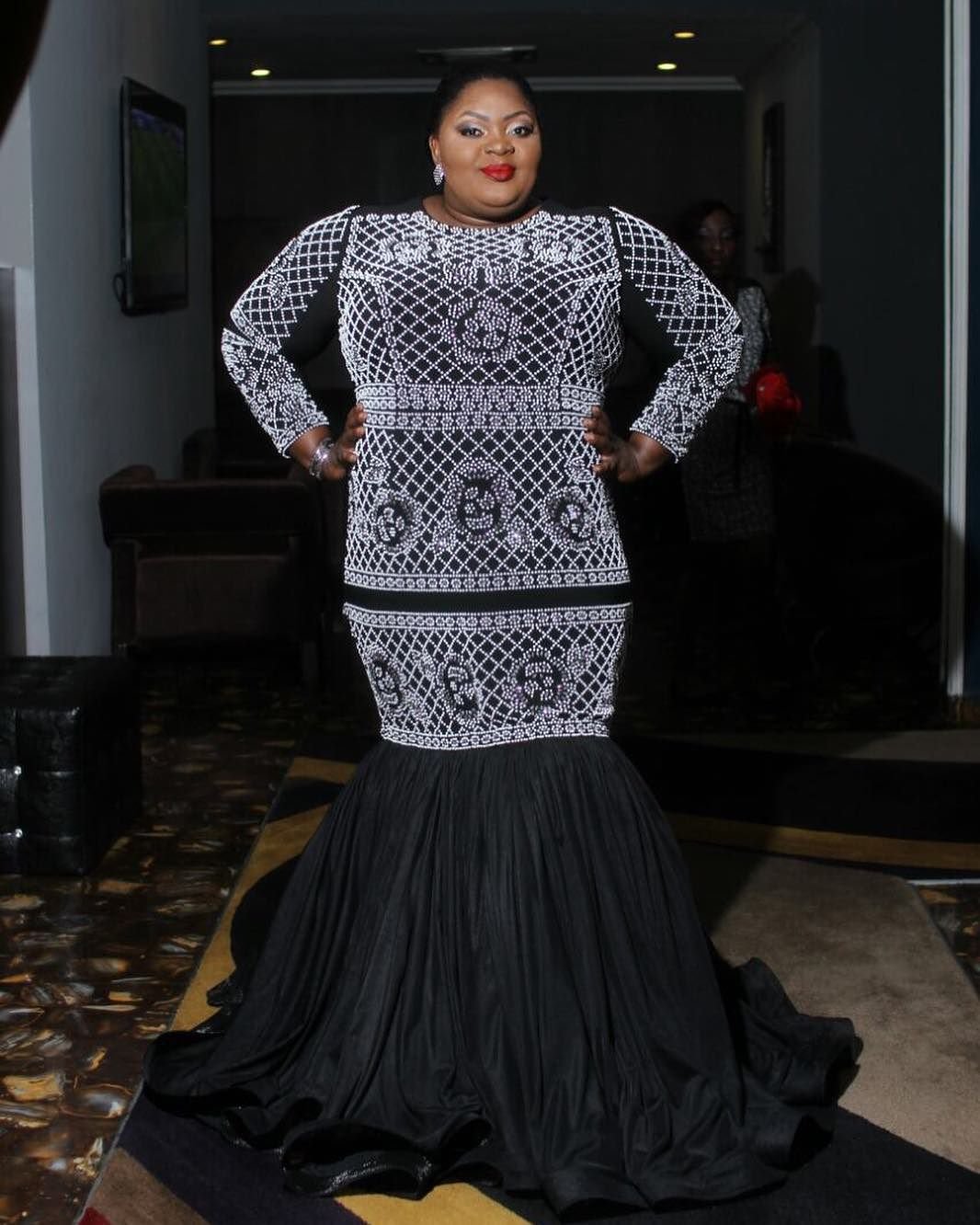 9 Too-Good-To-Be-True Facts About Actress Eniola Badmus + Her 6 Stunning 2016 Looks