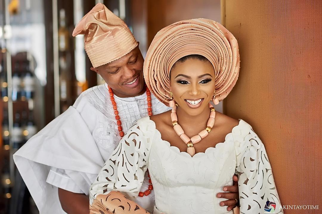 Asoebi Styles #108: Nigerian A-List Celebs At Stephanie Coker-Aderinokun's Traditional Wedding
