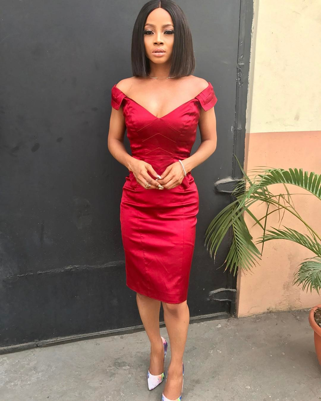 Look Of The Day: Last Minute Valentine Outfit With Toke Makinwa….
