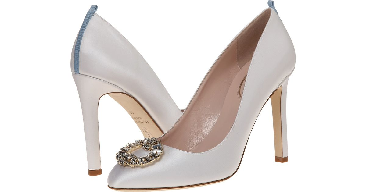 Pin It Which Bride Will Say No To Free Wedding Shoes From Kleinfeld Shoe Expert Sarah Jessica Parker