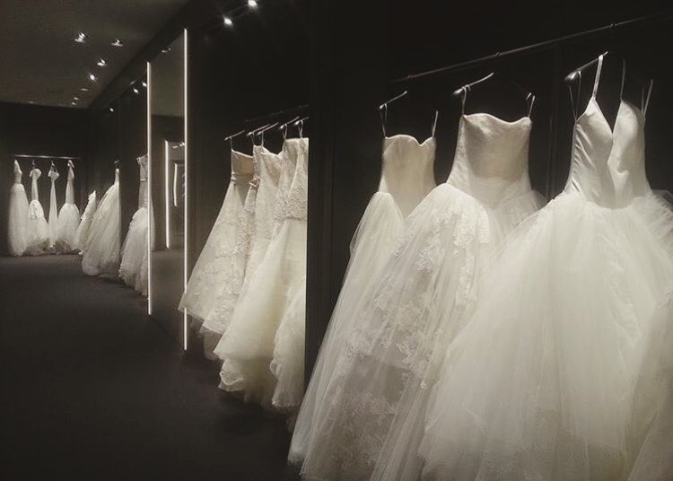 If You Are Going Wedding Dress Shopping, You Definitely Need These Tips