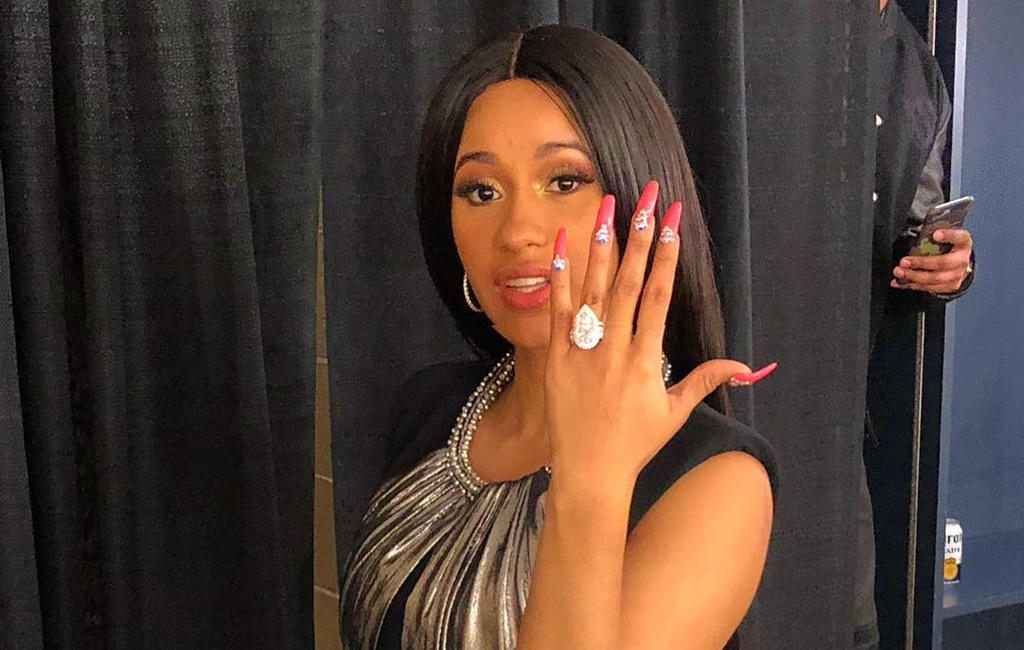 "Entertainment: OMG! Cardi B Is Making ""An-8-Diamond Carat Moves"" Because She Just Got Engaged!!"