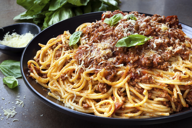 Kamdora Kitchen: How To Prepare Spaghetti Bolognese