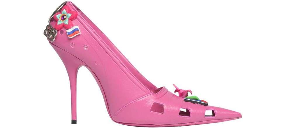 Kamdora Fashion: Balenciaga Made Croc Stilettos!