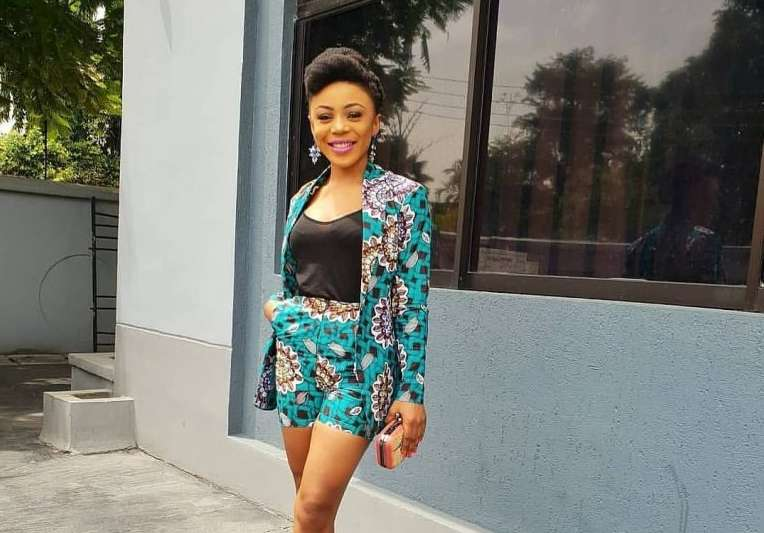 Ankara Styles #453: Slaying The Two Piece Trend