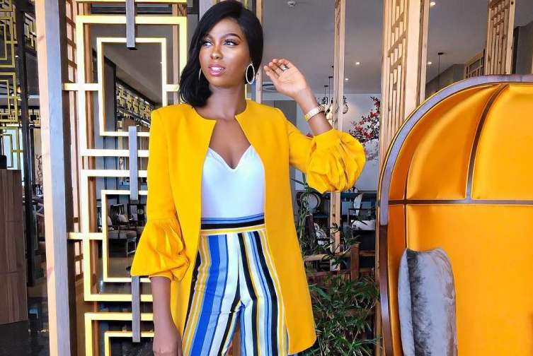 Check Out How Olarslim Styles A Casual Blazer